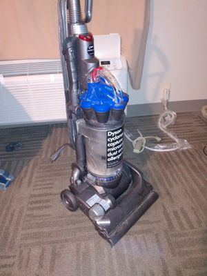 Dyson Cyclone Dc 33 for Sale in Waco, TX
