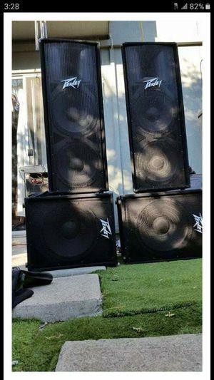 2 QCS amplifiers vienen en su raca con crossover. for Sale in San Jose, CA