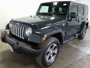 2017 Jeep Wrangler Unlimited for Sale in Kent, WA