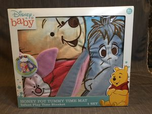 Winnie the Pooh Play Mat for Sale in Pomona, CA