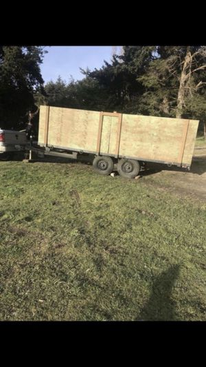 16ft enclosed trailer double axle for Sale in Ruston, WA