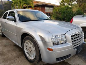 2006 Chrysler 300 for Parts for Sale in Waianae, HI