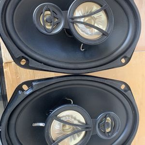 2 Speakers 6x9 for Sale in Las Vegas, NV