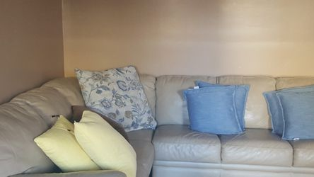 Living Room Leather Sectional for Sale in Queens,  NY