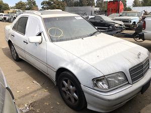 1999 Mercedes C280 for parts only (runs) for Sale in Salida, CA