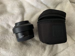 Sony e mount Sigma 30mm 2.8 camera lens for Sale in Princeton, NJ