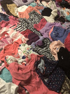 Baby girl clothes 6-9 months for Sale in Lansing, IL