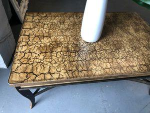 Huge heavy niceeee coffee table for Sale in Upper Marlboro, MD
