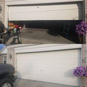 Garage door for Sale in Wayne, MI