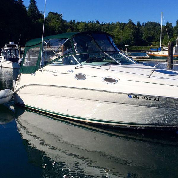 2000 Searay Sundance's 240 Boat