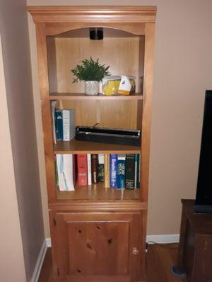 2 bookshelves/ media cabinets $80 for Sale in Dallas, GA