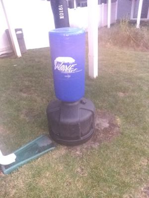 Kicking bag and Punching Bag for Sale in Curtis Bay, MD