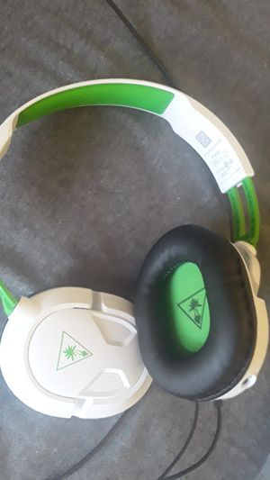 Turtle beach recon gaming headphones with mic for Sale in Albuquerque, NM