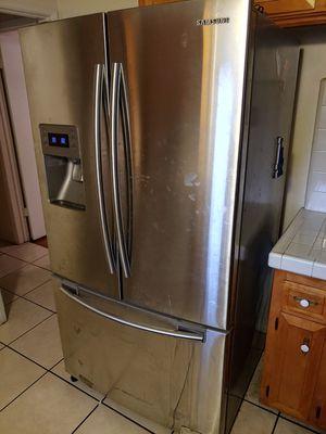 Samsung refrigerator for Sale in Covina, CA
