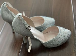 Size 10 high heels shoes for Sale in Kent, WA
