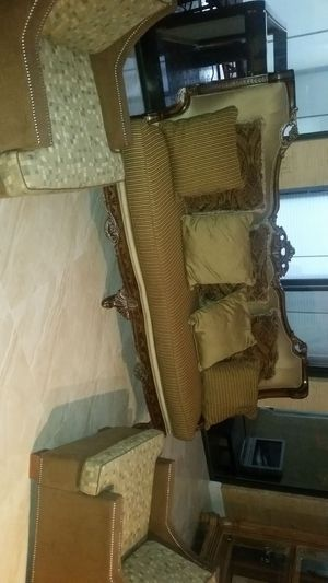 Living room set with two Carson chairs from italy for Sale in Lake Worth, FL