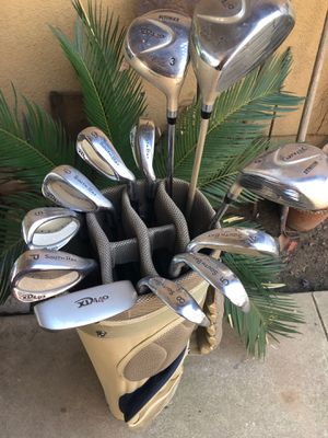 Golf Club Set complete with nice bag Ladies set for Sale in Fresno, CA