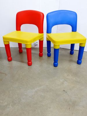 Pre-Owned Kids Plastic Chairs for Sale in St. Louis, MO