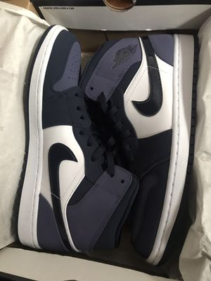 New Jordan 1s Mid Obsidian Size 11 1/2 for Sale in Paramount, CA