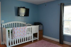 Crib with side changing table for Sale in Riviera Beach, FL