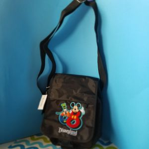 Disneyland Resort Travel Bag 2008 for Sale in Palm Bay, FL