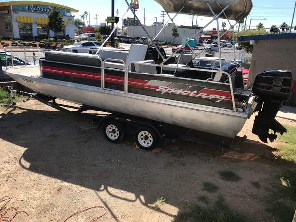 Offerup Las Vegas >> 1990 spectrum 24 foot pontoon with 120 hp Merc cruiser for ...