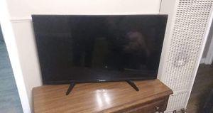 Element tv 40 inch for Sale in Wichita, KS