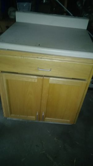 Kitchen cabniet with countertop for Sale in River Rouge, MI