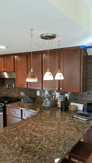 Kitchen island pendant light for Sale in Vancouver, WA