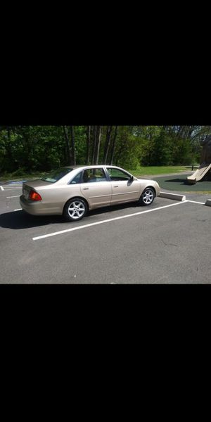 2002 Toyota avalon xls trade for truck for Sale in Agawam, MA