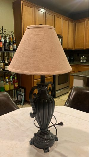 Table lamp vintage for Sale in March Air Reserve Base, CA