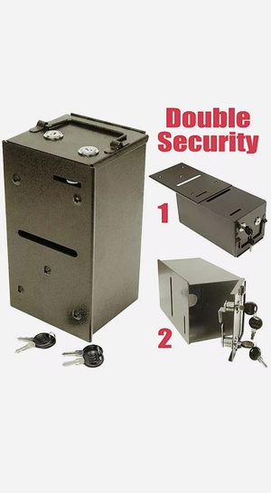 Poker table double locking style toke box with keys. for Sale in Westminster, CA