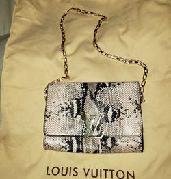 Rare Authentic Louis Vuitton Python Purse for Sale in Redmond,  WA