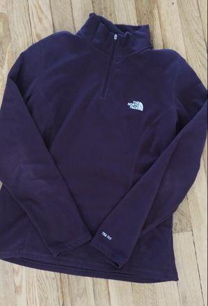 L* North Face TKA 100 pullover for Sale in Spokane, WA