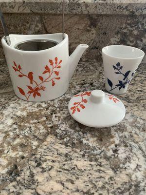 Bird tea pot for Sale in Palm Harbor, FL