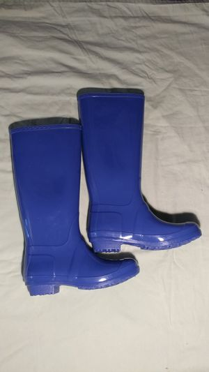 Sociology Brand Womens Blue Rubber Rain boots Size 8 NEW. *FREE LOCAL PICKUP/DROPOFF for Sale in Decatur, GA