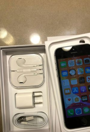 IPHONE SE ...128GB FACTORY... UNLOCKED WORKS GREAT for Sale in Brier, WA