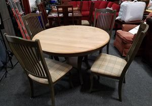 Beautiful Four Chair Bermex International Dining Set - Delivery Available for Sale in Tacoma, WA