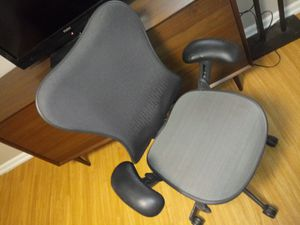 Desk and chair for Sale in Denver, CO