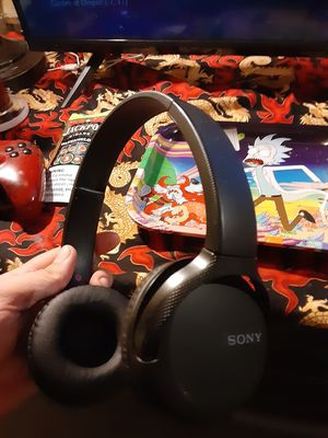 Sony Sony - WH-CH510 Wireless On-Ear Headphones - Black for Sale in Baltimore, MD