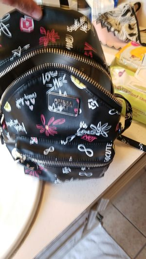 Guess minni backpack for Sale in Midwest City, OK