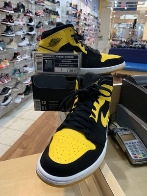 Air Jordan 1 Mid New Love 2017 Size 12 for Sale in Wheaton, MD