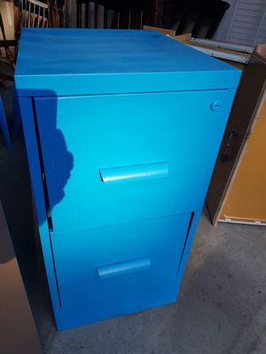Filing cabinet - 2 drawers for Sale in Avon, CT