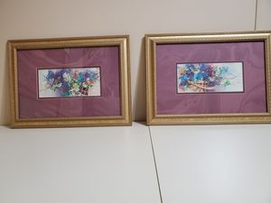 2 very nice pictures measures 18 inches across and 13 inches tall for Sale in Cocoa, FL