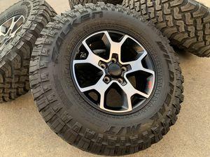 "17"" Jeep Rubicon Wrangler Rims w/TPMS Gladiator Wheels 285/70R17 Tires for Sale in Rio Linda, CA"