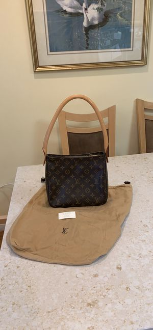 Authentic lv looping shoulder bag for Sale in San Francisco, CA