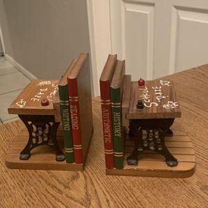 Vintage School Daze Wrought iron Desks Bookends Collectible Bookends for Sale in Phoenix, AZ