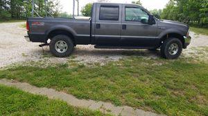 2003 F250 crew cab 4x4 for Sale in Concord, VA