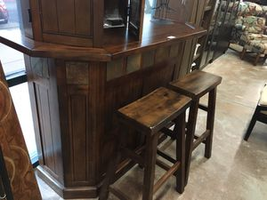Bar with 2 Stools for Sale in Las Vegas, NV