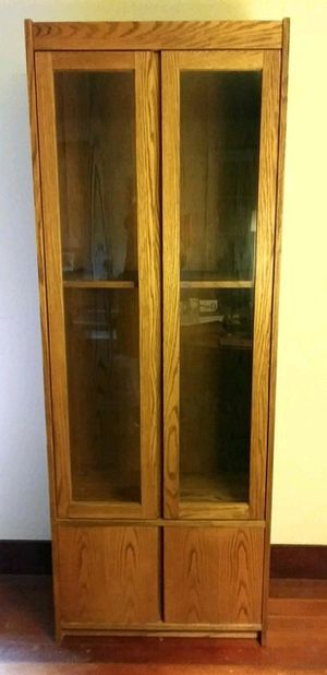 Large Solid Oak Curio Cabinet for Sale in Lake Stevens, WA